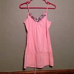 Pink sparkly top Pink sparkly top Maurices Tops Tank Tops