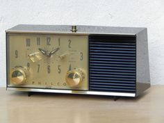 I Like Mike's Mid Century Modern - PHILCO VINTAGE 1960S AM CLOCK RADIO