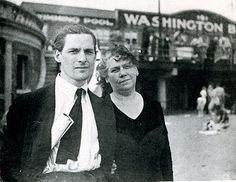 Willem de Kooning with his mother, Cornelia Nobel,  on Coney Island in Brooklyn, 1935