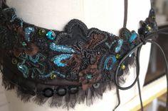 Embroidered belt by Saskia ter Welle – Broderie d'Art Design: Ecole Lesage, Paris