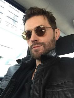 Richard Armitage selfie