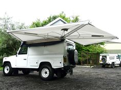 EXPEDITION AWNWING WITH COVER, SIDE AWNING, RNA731, SAFARI EQUIP - Rovers North - Classic Land Rover Parts