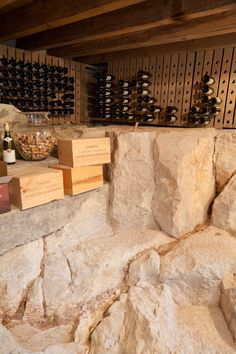 Interieur grottes and d coration on pinterest - Fabriquer cave a vin ...