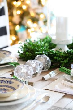Blue-and-White-China-Tablesettings