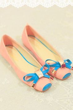 Lovely Bowknot Embellished Flats with Square Toe