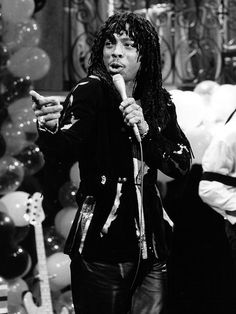 """Rick James first hit the stage of """"Dick Clark's New Year's Rockin' Eve"""" in Teena Marie, Best R&b, Rick James, Macy Gray, Grey Artist, Auld Lang Syne, Old School Music, Marvin Gaye, Rock Concert"""