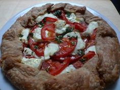 Tomato and Onion Tart by girlsguidetoparis.com