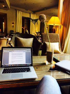Rád píši knihy mezi lidmi, nabíjí mě to zvláštní energií