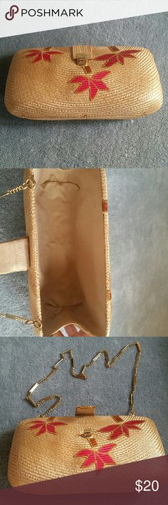 Straw purse with clasp. Never used. Beautiful detail.can be used as a clutch or shoulder bag. Bags Mini Bags