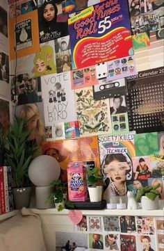 Cute Room Ideas, Cute Room Decor, Room Ideas Bedroom, Bedroom Inspo, Chambre Indie, Grunge Room, Indie Room, Pretty Room, Room Goals