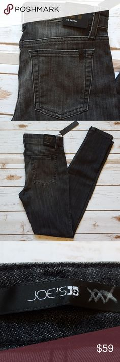 """joe's jeans the skinny dark grey wash size 27 Measurements lying flat:  Waist: 14"""" Rise: 9"""" Inseam: 30"""" 70% cotton, 28% thermolite, 2% lycra Smoke-free home  -I do not currently offer a bundle discount closet-wide, but I will work with you on pricing. 💕  -Prices firm on items under $10.  -No trades, please.  Thank you for shopping my closet, it means a lot to me! Joe's Jeans Jeans Skinny"""