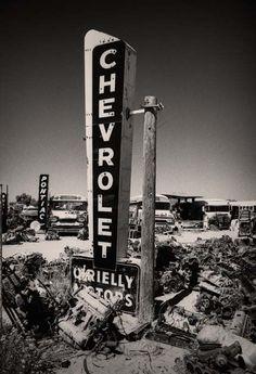 Vintage Truck & Hot Rod Fan - Vintage Signage, Graphics and Neons - Vintage Trucks, Old Trucks, Vintage Ads, Chevy Trucks, Chevy Pickups, Vintage Stuff, Vintage Postcards, Rat Rods, Station Essence