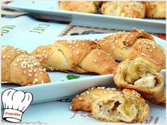 ΤΥΡΟΠΙΤΑΚΙΑ ΜΕ ΤΗΝ ΠΙΟ ΕΥΚΟΛΗ ΖΥΜΗ ΤΥΡΙΟΥ ΜΕ 3 ΥΛΙΚΑ!!! | Νόστιμες Συνταγές της Γωγώς Finger Food Appetizers, Finger Foods, Diet Recipes, Cooking Recipes, Greek Recipes, Pretzel Bites, Bagel, Bread, Cookies
