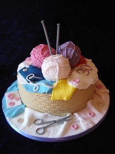 By my friend Alison whose skills are amazing. It's a knitting basket cake! Crazy Cakes, Fancy Cakes, Unique Cakes, Creative Cakes, Fondant Cakes, Cupcake Cakes, Knitting Cake, Sewing Cake, Novelty Cakes