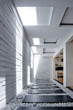 italian-luxury:    pebble & paver entrance/path