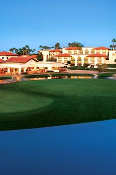 Arizona Grand Resort's 18-hole golf course offers challenging greens and stunning mountain vistas. #Jetsetter
