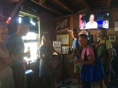 @mzezzo doing a quick presentation at the recent #oppapab event in #putinbay #joesbar.