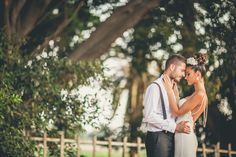 #wedding #weddingphoto #weddingphotography #bride #groom #love #art #weddingdress #vintage #sun #fun #kiss #love #pose #weddingpose