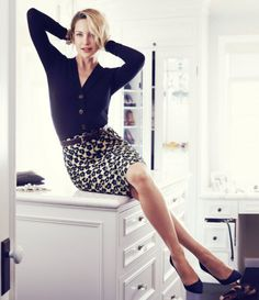 My new favorite fall look...the pencil skirt and top from Ann Taylor. I bought the skirt in  3 colors..LOL!!! Why not? And yes, that is Kate Hudson modeling!!!
