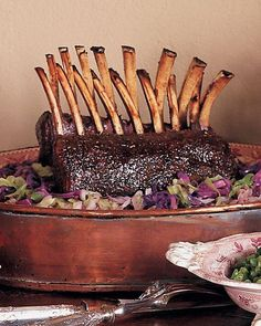 Roasted Rack of Venison with Red Currant and Cranberry Sauce Recipe (Christmas Recipes Dinner) Christmas Entrees, Christmas Main Dishes, Christmas Fun, Holiday Foods, Christmas Recipes, Swedish Christmas, Victorian Christmas, Thanksgiving Recipes, Holiday Recipes