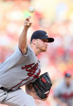 July 25, 2014: Atlanta Braves starting pitcher Shelby Miller pitches during a game between the Braves and St. Louis Cardinals at Busch Stadium in St. Louis, MO.