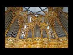 Ihr sucht Kirchenlieder für eure Trauung? Ob zum Einzug, Ringtausch oder Auszug - wir haben hier die schönsten Hochzeitslieder zur Trauung mit Hörproben...