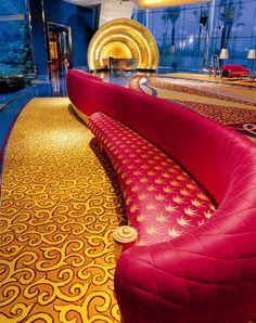 Burj Al Arab Hotel, Dubai ~ ღ Skuwandi Burj Al Arab, Dubai City, Dubai Uae, Abu Dhabi, Naher Osten, Most Luxurious Hotels, Luxury Hotels, Visit Dubai, Hotel Lobby