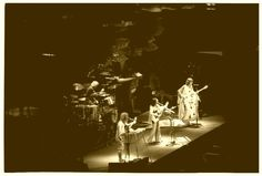 Yes, 1976, Hampton, Virginia