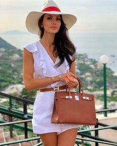 Paris Chic, Mode Outfits, Fashion Outfits, Womens Fashion, Fashion Ideas, Classy Outfits, Casual Outfits, Outfit Elegantes, Picnic Outfits