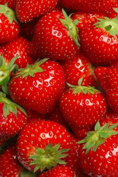 Many-strawberries-red-fruit-delicious_640x960_iPhone_4_wallpaper.jpg (640×960)