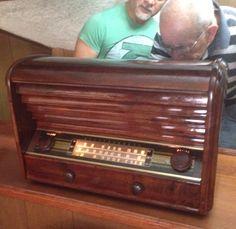La entrega del radio restaurado a mi padre!