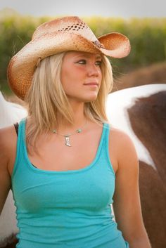 Equine and senior portraits in SW OHIO. http://www.photosbypdemott.com http://www.equinephotographerspodcast.com
