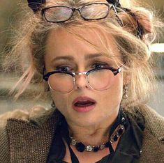 Helena Carter, Helena Bonham Carter, Helen Bonham, Oceans 8, Skittle, Bellatrix Lestrange, Curly Hair Cuts, Beautiful Person, Reading Glasses