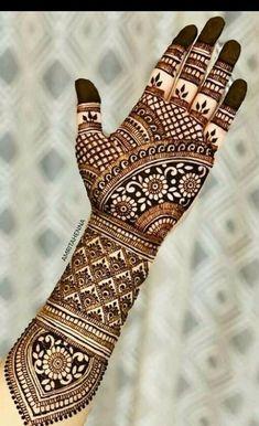 Bharwa Mehendi - Her Crochet Wedding Henna Designs, Latest Bridal Mehndi Designs, Indian Henna Designs, Full Hand Mehndi Designs, Legs Mehndi Design, Henna Art Designs, Mehndi Designs For Girls, Mehndi Designs 2018, Mehndi Designs For Beginners
