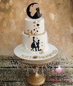 Engagement Cake Design, Engagement Cakes, Wedding Cake Decorations, Wedding Cake Designs, Beautiful Wedding Cakes, Gorgeous Cakes, Different Wedding Cakes, Wedding Anniversary Cakes, Cake Decorating Tips