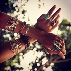 Turquoise and Silver boho accessories Hippie Chic, Boho Chic, Modern Hippie, Boho Gypsy, Bohemian Jewelry, Gypsy Cowgirl, Bohemian Fashion, Gypsy Style, Ethnic Jewelry
