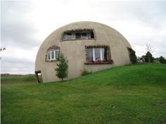 3/4 monolithic dome, Thyme for Bed - Lowell, Indiana ::::: http://lifeblazing.com/2009/10/26/live-outside-the-box-literally/