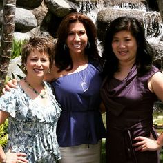 It was 2011 the early days of our #SpeakToSell live training. Years later these ladies and I have innovated business growth strategies and transformed 1000s of business across the globe.  I cant believe in less than a month well be together again on stage with a brand new event Grow Your Business Bootcamp. Were excited to introduce brand new tracks into my foundational Speak-to-Sell system.  Each year we bring together 100s of mission-driven #entrepreneurs together for 3 days of…