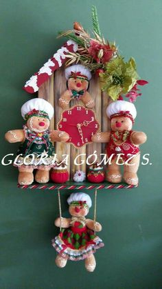 Gingerbread Crafts, Christmas Gingerbread, Felt Christmas, Christmas Wreaths, Christmas Crafts, Xmas, Christmas Ornaments, Christmas Decorations For The Home, Christmas Themes
