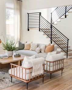 My Living Room, Living Room Interior, Home And Living, Living Room Decor, Living Spaces, Living Room Stairs, Living Room Inspiration, Home Decor Inspiration, Decor Ideas