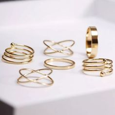 6pc. Goldtone Midi Ring Set NWT. Goldtone. Cute and trendy. NO TRADES Quinn-Tessential Designs Jewelry Rings