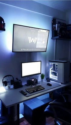 Gameplay game setup computer desk