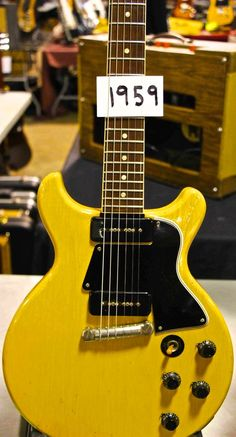 Nice Gibson Melody Maker...TV Yellow