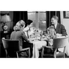 Parents eating with their children Canvas Art - (24 x 36)