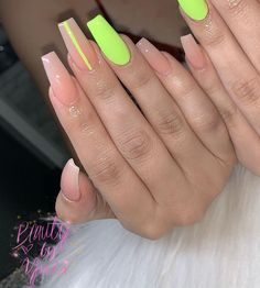 Cute Acrylic Nails 757871443528963785 - 76 acrylic nail designs of glamorous ladies of the summer season 90 elroysto Source by korhantemiz Aycrlic Nails, Neon Nails, Hair And Nails, Coffin Nails, Neon Yellow Nails, Pastel Nails, Lime Green Nails, Nails 2018, Purple Nails