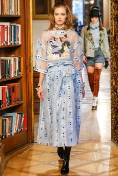 Chanel Pre-Fall 2015 - Collection - Gallery - Style.com Very sweet embroidery