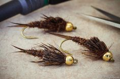 Fellow pinner wrote: Beadhead Stonefly NymphBeen tying some stonefly nymphs for a coming trip abroad and thought I'd share this pattern that is inspired by Kaufmann's Stone nymph. Materials and some techniques are different by I think the basic appearance is pretty close. I use tungsten beads and some wire to make these really heavy and sink fast. Couple notes on tying this fly.