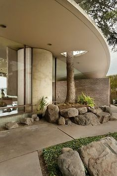 Silvertop (Reiner-Burchill Residence) | 1963 | Silver Lake, Los Angeles, California | John Lautner