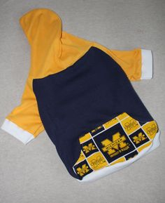 NEW University of Michigan Dog Hoodie in Medium by RagtheDog, $16.00