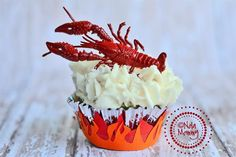 Cute idea for our Crawfish Boil, can use the Twinkie cupcake recipe for these